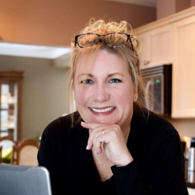Nicole  Daley Mortgage Agent