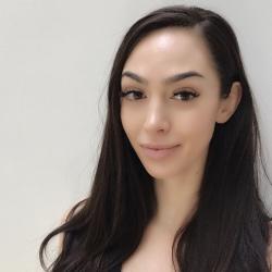 Natalie  Fava