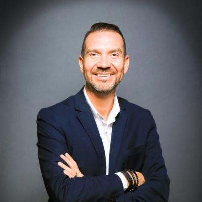 Robert Hooper Manager/Partner